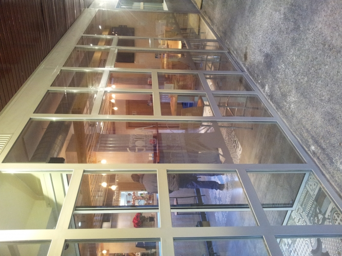 Vitman Cerrajeros: Carpintaria Metalica - Escaparates